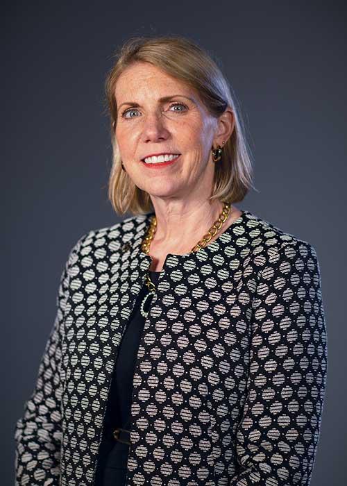 Dr. Elizabeth Kennedy