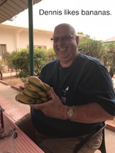 Dennis likes bananas