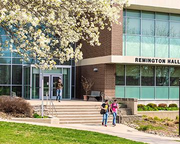 Campus-8