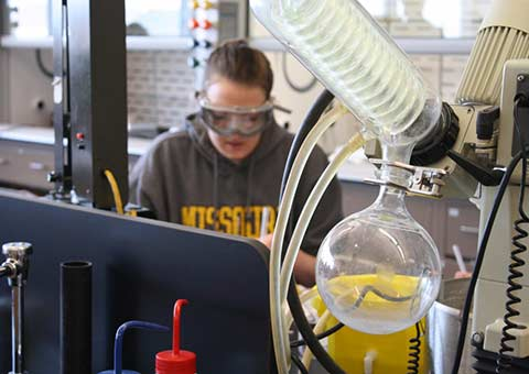 Student working in the chemistry lab