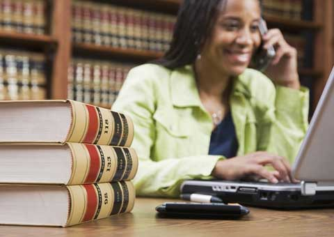 Legal secretary/lawyer