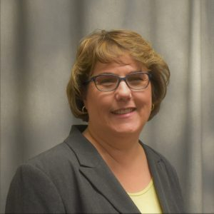 headshot of Dr. Crystal Harris