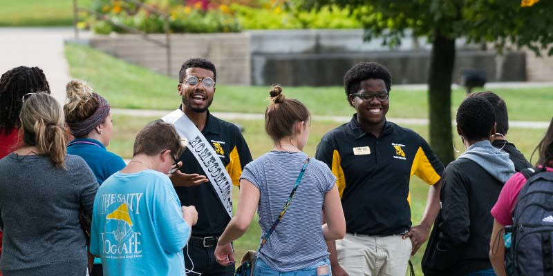 MWSU students lead a group of prospective students on a campus tour.
